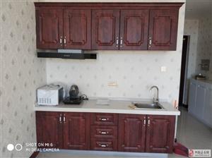 秀府公寓1室1厅1卫1150每月出租