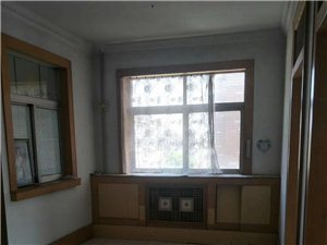 市供销社3室2厅1卫1300元/月
