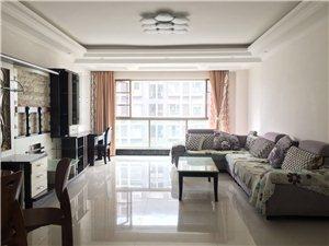 鑫城国际四室两厅装修清爽有钥匙