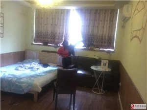 小广场1室0厅1卫800元/月