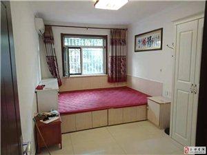 2室1厅1卫1600元/月