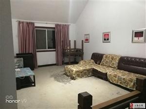 汇泽国际城2室2厅1卫800元/月