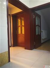 867阳光花园2室2厅650元/月阁楼