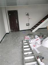 中央城2室1厅1卫2000元/月