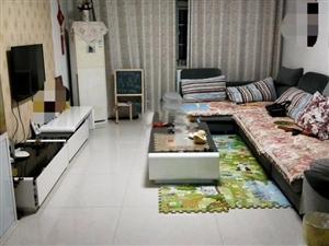 转盘附近3室2厅120平精装带家具家电