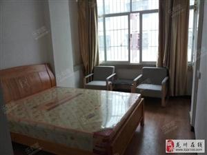 1室0厅1卫800元/月