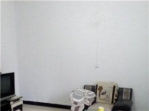 圣都一街3室1�d1�l500元/月