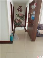 香驰・正苑3室2厅1卫1700元/月