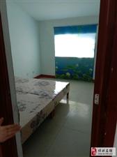 883东河东花园3室2厅600元/月阁楼