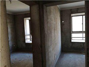 龙蟠汇景纯毛坯南北双阳台3室2厅2卫94万元