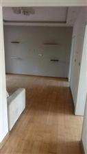 市政府家属楼3室2厅1卫100平方简装带储藏37万