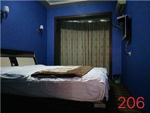 本公寓有单间,标间出租300-800