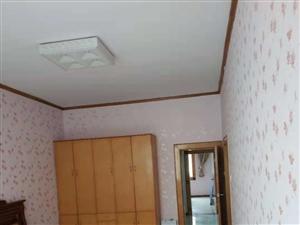 桂花街3室3厅2卫48万元