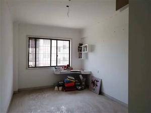 华容城市广场4室2厅2卫63.8万元