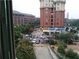 姜湾小学旁2室2厅1卫950元/月