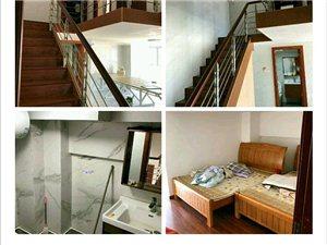 中央城精装写字楼带空调室1厅2卫2400元/月