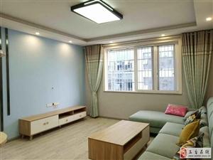 山鑫市场精装修2室2厅1卫36.8万元