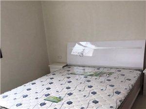 状元府对面3室2厅1卫800元/月