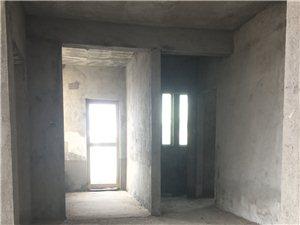 万泉河家园3室1厅2卫80万元