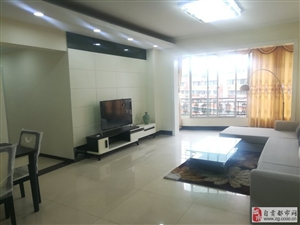 同兴路平安苑2期3室2厅2卫精装房,主卧带卫生间