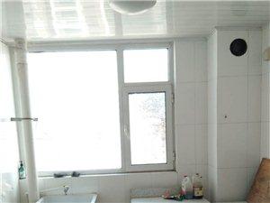 松鹤湖小区两室两厅一卫1200元/月