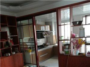 中泰锦城3室1厅1卫18000元/月