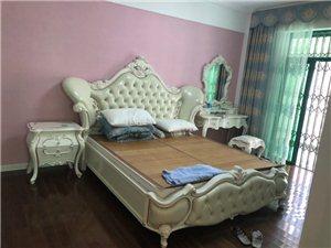 碧海苑3室2厅2卫138平