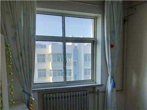 兰泽园2室2厅1卫1100元/月