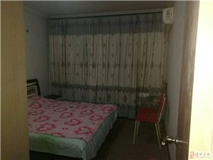 清怡小区紧靠六中简装三室户型方正送储藏室业主急售