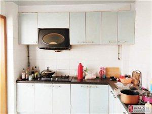 东苑新村4室2厅2卫超大空间单价3000多一个平方