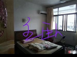 松鹤小区3室2厅1卫58万元
