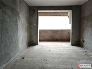 龙腾首府、高层电梯边户、全新毛坯三居室、满两年、急