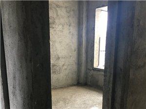 海虹家园3室2厅2卫100万元