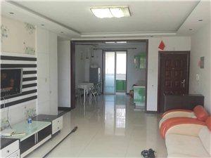 学府雅居一楼108平带院两室出租