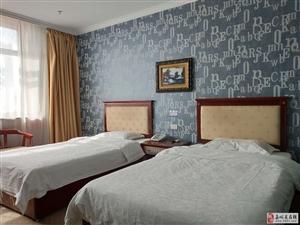 天东宾馆1室0厅1卫2400元/月