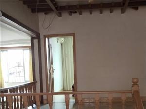 金三角院内138平大房子3室3厅2卫50万元