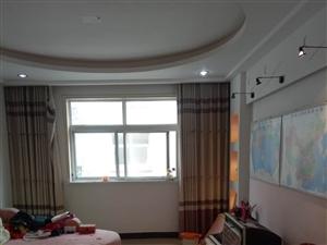 香山雅居附近,精装大三室,35万