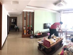 莲花垅小区3室2厅1卫79.8万元