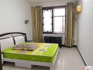 黄金商厦2室1厅1卫28万元