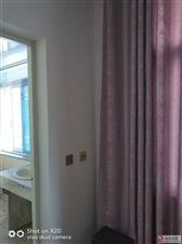 2室1厅1卫700元/月