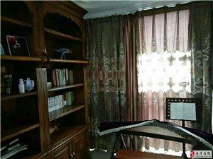 幸福城欧式装修5楼3室2厅2卫93万元