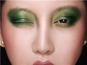 下一届化妆班于下个星期一(10月29号)正式开班啦