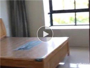 陆邦荣华园3室2厅2卫150万元