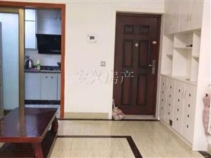 嘉记-大龙城3室2厅1卫1300元/月