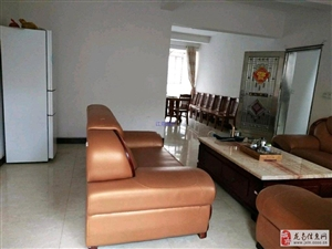 龙翔国际别墅办公住家2室4厅4卫3500元/月