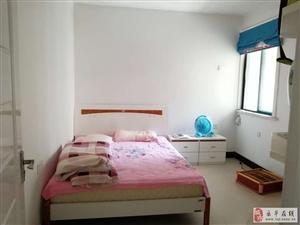 水岸兰亭3室2厅2卫83万元