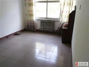 出租贸易大厦家属楼3室2厅1卫900元/月