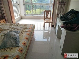 禹王贵府五楼两室带家具月租750元有钥匙随时看房