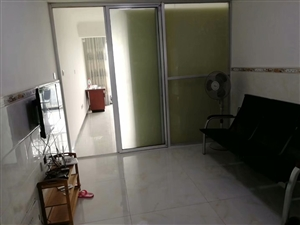学府花园1室1厅1卫800元/月