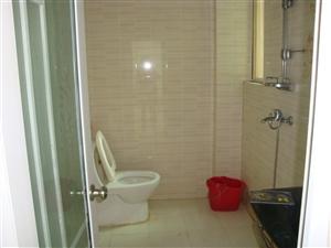 大印经典花园2室1厅1卫2300元/月